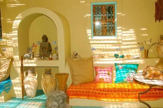 Akasha Mountain Retreat Farmhouse chill room