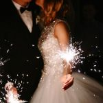 4 Illuminating Nighttime Wedding Decoration Ideas