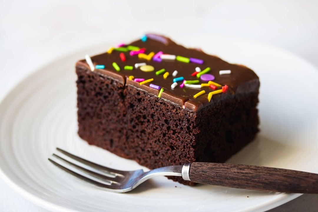Easy Rich Moist Chocolate Birthday Cake Pretty Simple Sweet