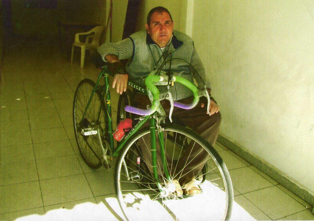 Josep, añora su etapa como ciclista amateur.