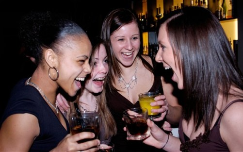drinking_2750477b