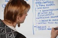 """Le idee emerse vengono trascritte sotto forma di """"proposte"""" e """"raccomandazioni"""" da Chiara"""