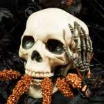 Scary And Creepy Halloween Decorations Of Skulls Ravens And