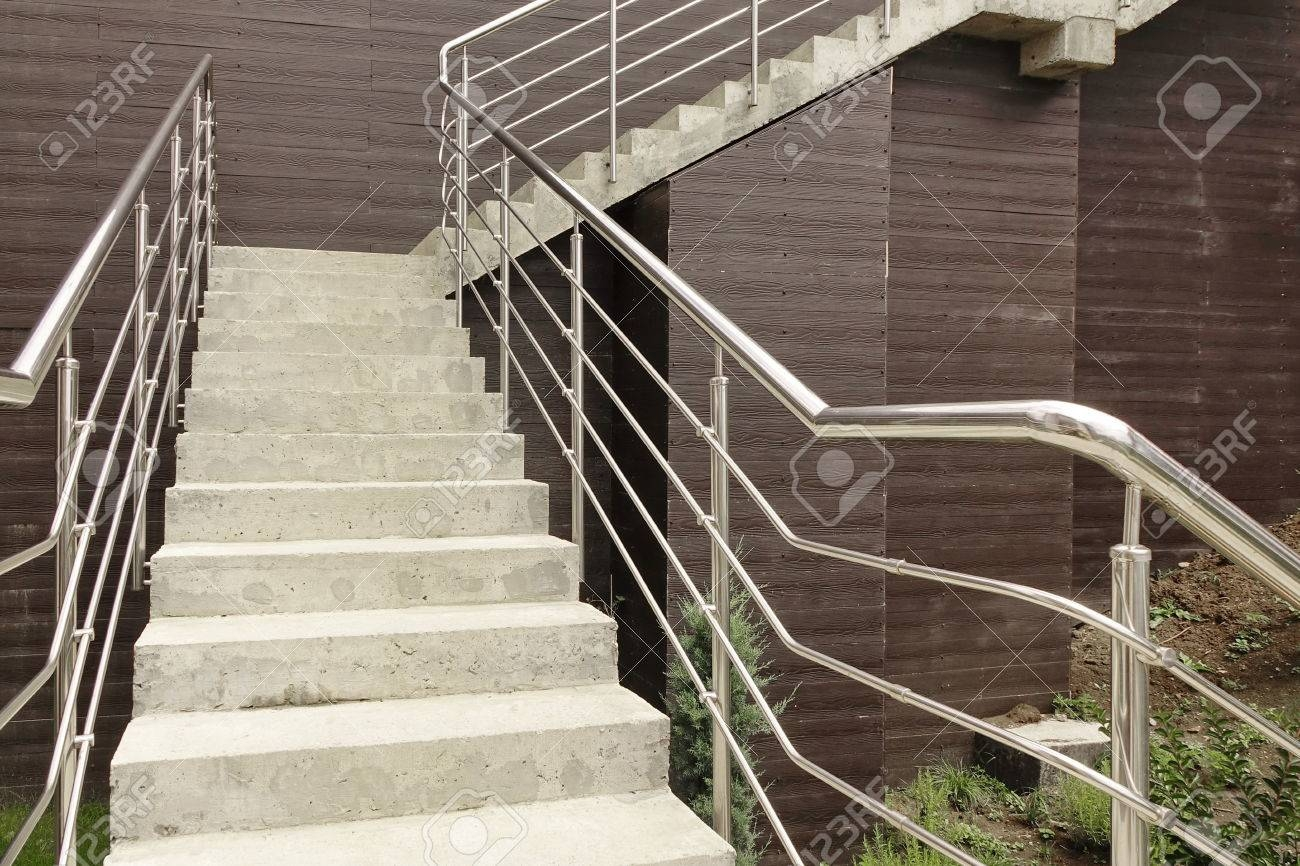 Outdoor Concrete Staircase With Stainless Steel Handrail Front | Stainless Steel Handrails For Outdoor Steps | Modern | Safety | Staircase | Garden | External