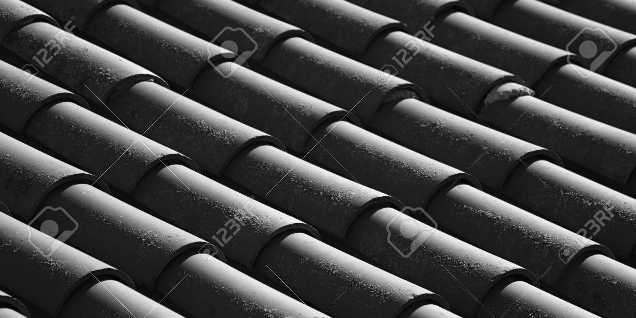 https www 123rf com photo 28951141 clay tile roof in a mission style building architecture in california html