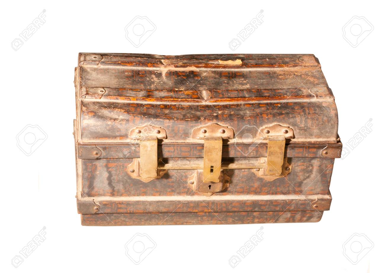 ancienne armoire de fer isole sur blanc banque d images et photos libres de droits image 22522816