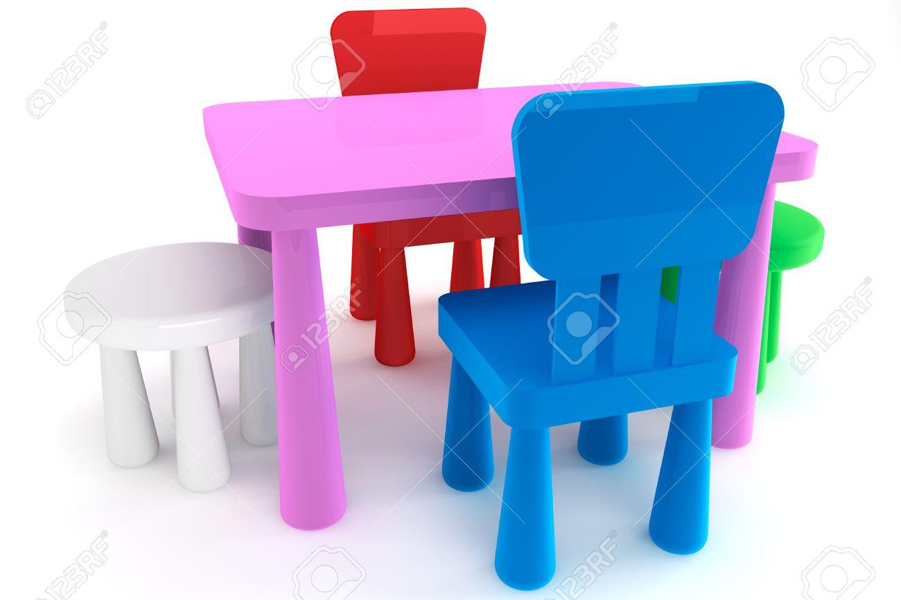colores en plastique chaises d enfant et table sur un fond blanc