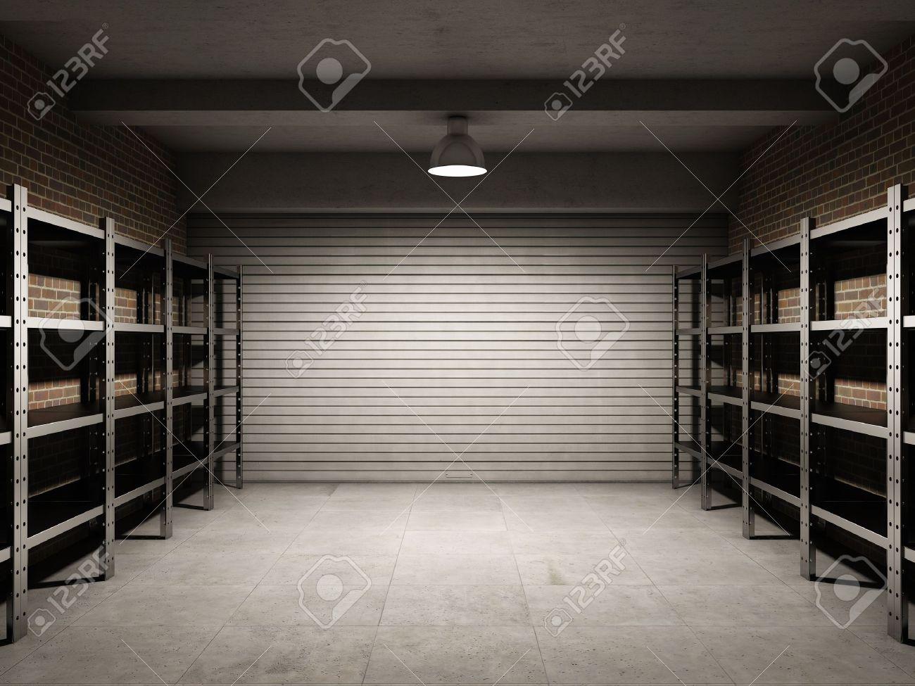 garage vide avec des etageres metalliques