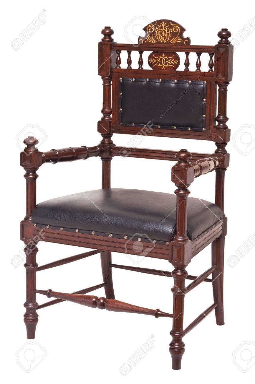 fauteuil de style ancien isole sur fond blanc avec des chemins