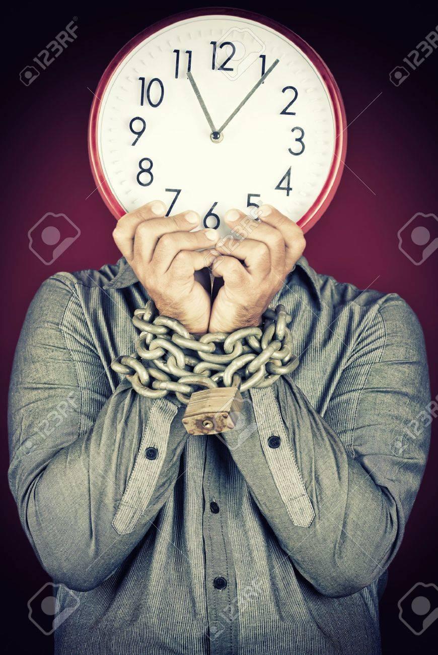 Billedresultat for man dressed as a clock