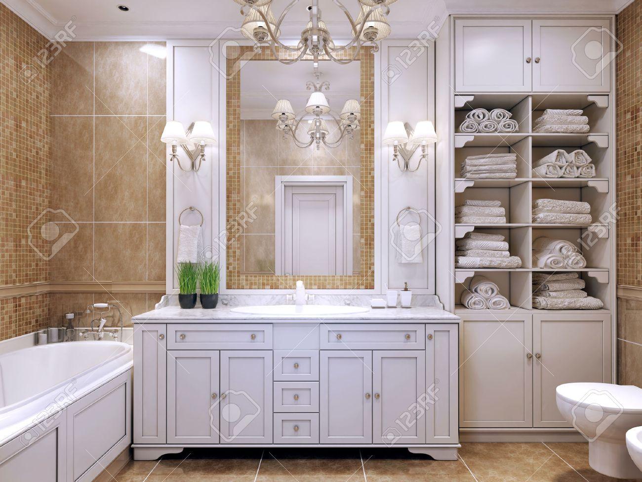 meubles de salle de bains classique couleur creme salle de bains avec un mobilier blanc grand miroir avec appliques et lustre luxueux agreable a