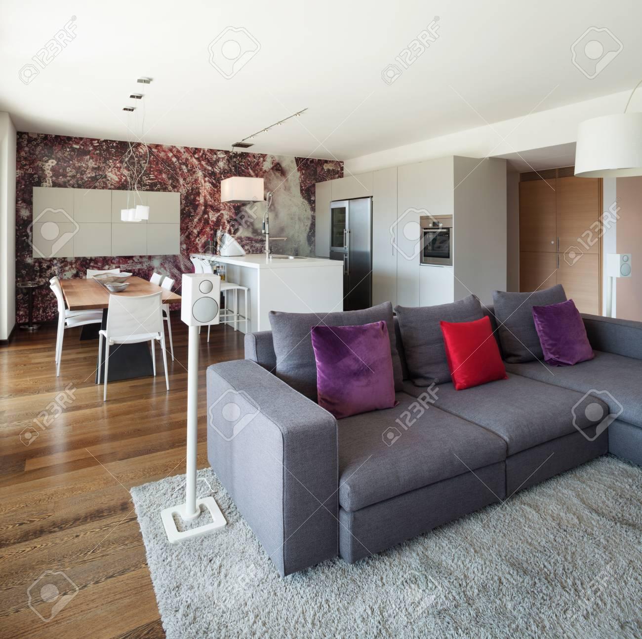 interieur de maison moderne beau salon meuble banque d images et photos libres de droits image 49781095