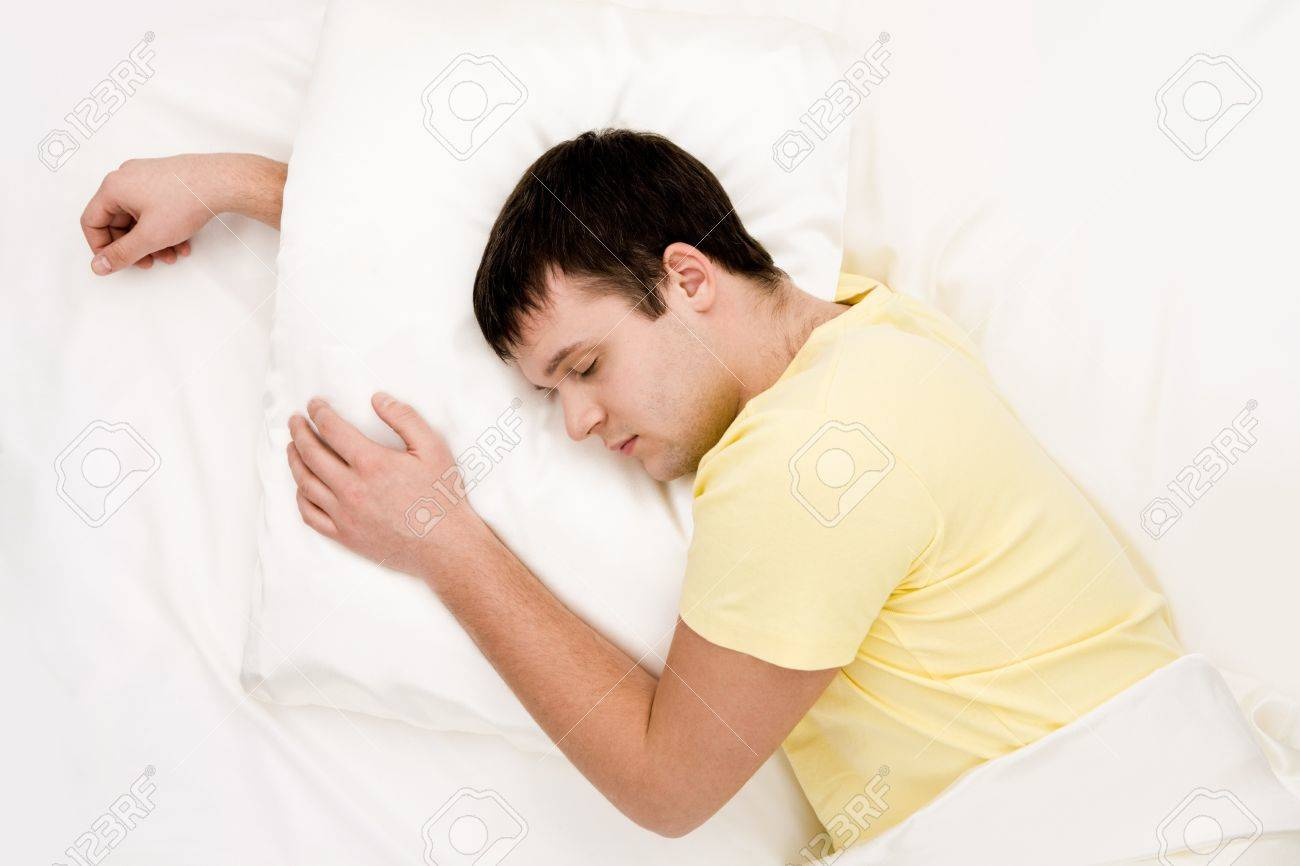 pillow for sleeping with arm under it