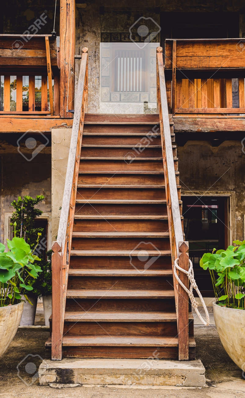 Outdoor Old Wooden Stairs With Staircase Railing Handrails | Stair Railing And Balusters | Brushed Nickel | Free Standing | Inexpensive | Deck | Wood