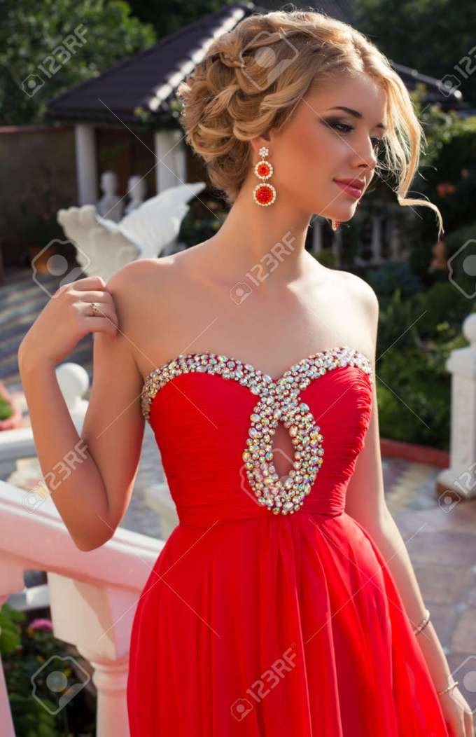 red long dresses for elegant hairstyle – fashion dresses