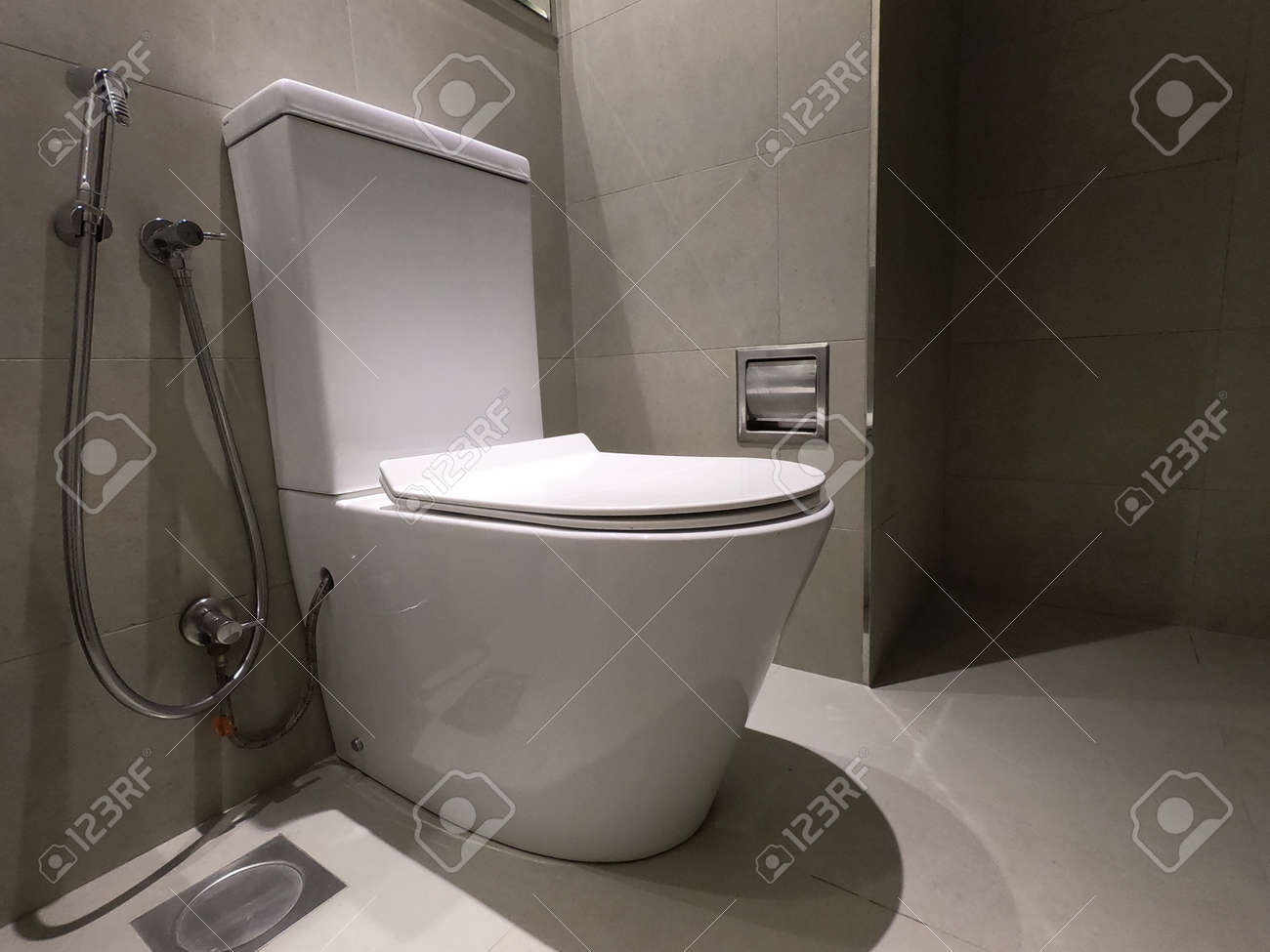 new ceramic toilet bowl faucet and paper holder toilet bowl