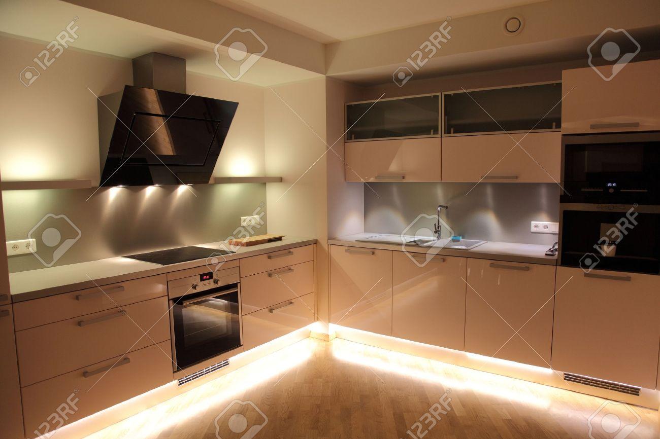 banque d images belle cuisine moderne avec un eclairage moderne nordique