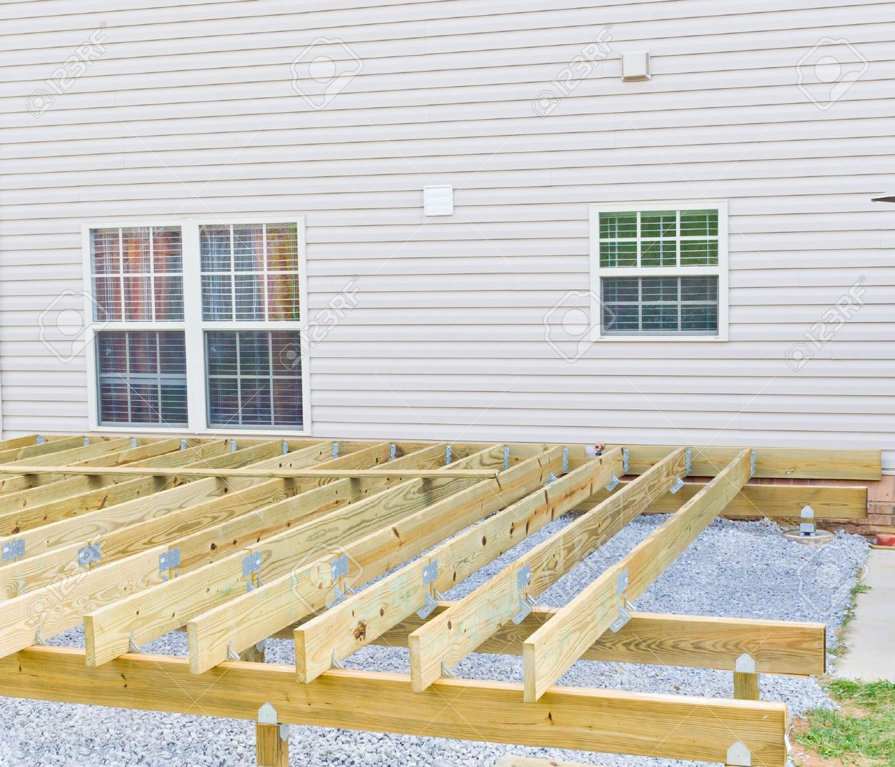 building a new above ground deck patio construction