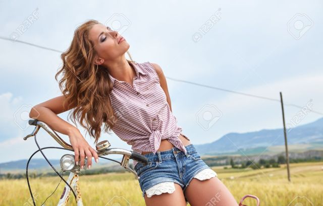 Image result for Italy girl
