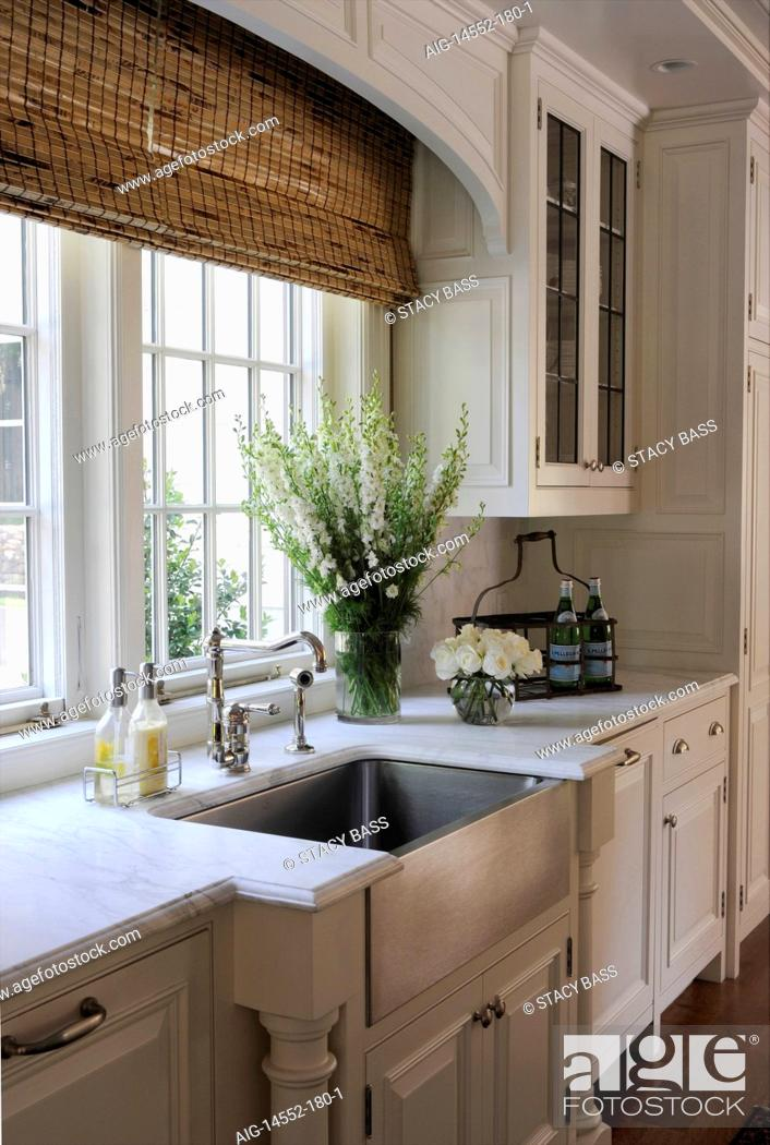 https www agefotostock com age en details photo kitchen sink detail with bamboo roman blinds in shelley morris designed colonial style residence in new canaan connecticut usa aig 14552 180 1