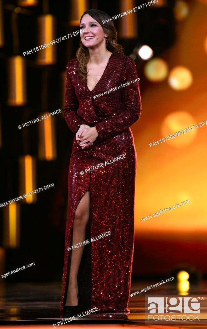 07 October 2018 North Rhine Westphalia Cologne The Comedian Carolin Kebekus Moderates The Stock Photo Picture And Rights Managed Image Pic Pah 181008 99 274171 Dpai Agefotostock