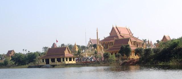 Vat Khmer at Ha Noi 1