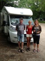 and coffee from fellow Praguers stopping at the same place on their way to Greece, Děkuji Robert & Iva!