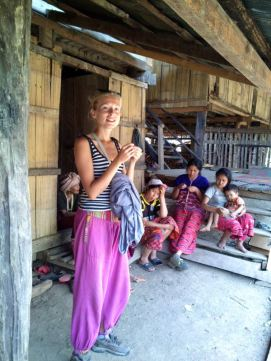 Karen-hilltribe-village044