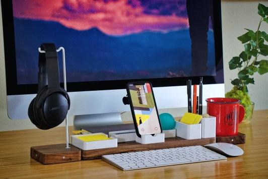 Desk Accessories Unsplash 1
