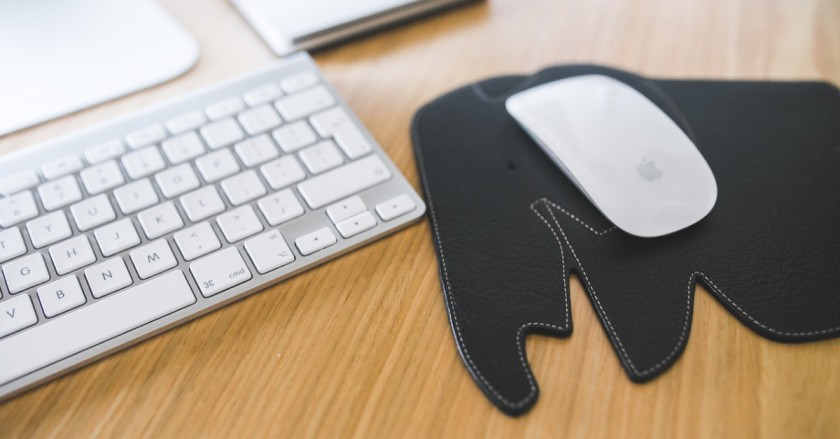 How To Wash And Clean Mouse Pad Properly