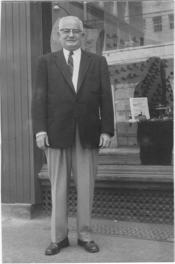 Harold Harber Warner