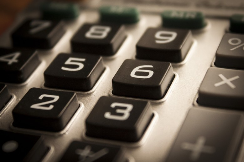 A calculator to calculate the costs when turning your garage into a living space.