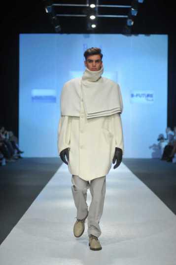 "Muške kapute od vune Milica je napravila za finale konkursa ,,B Future By Perwoll"" na Beogradskom fashion weeku 2013."