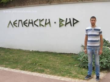 Nemanja najviše vremena provodi u Lepenskom Viru, ali je uvek tu da pomogne kolegama iz Turističke organizacije opštine Majdanpek, kada im zatreba vodič za Donji Milanovac