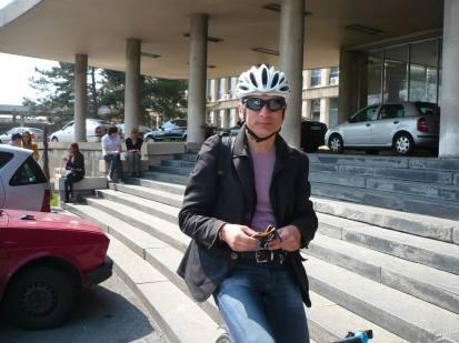 Biciklizmom je počeo da se bavi u BK Čukarički kada mu je bilo 12 godina
