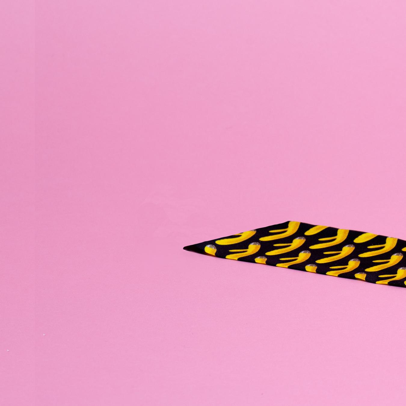 yellow tie 1