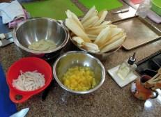 Tamales dulces con piña y coco