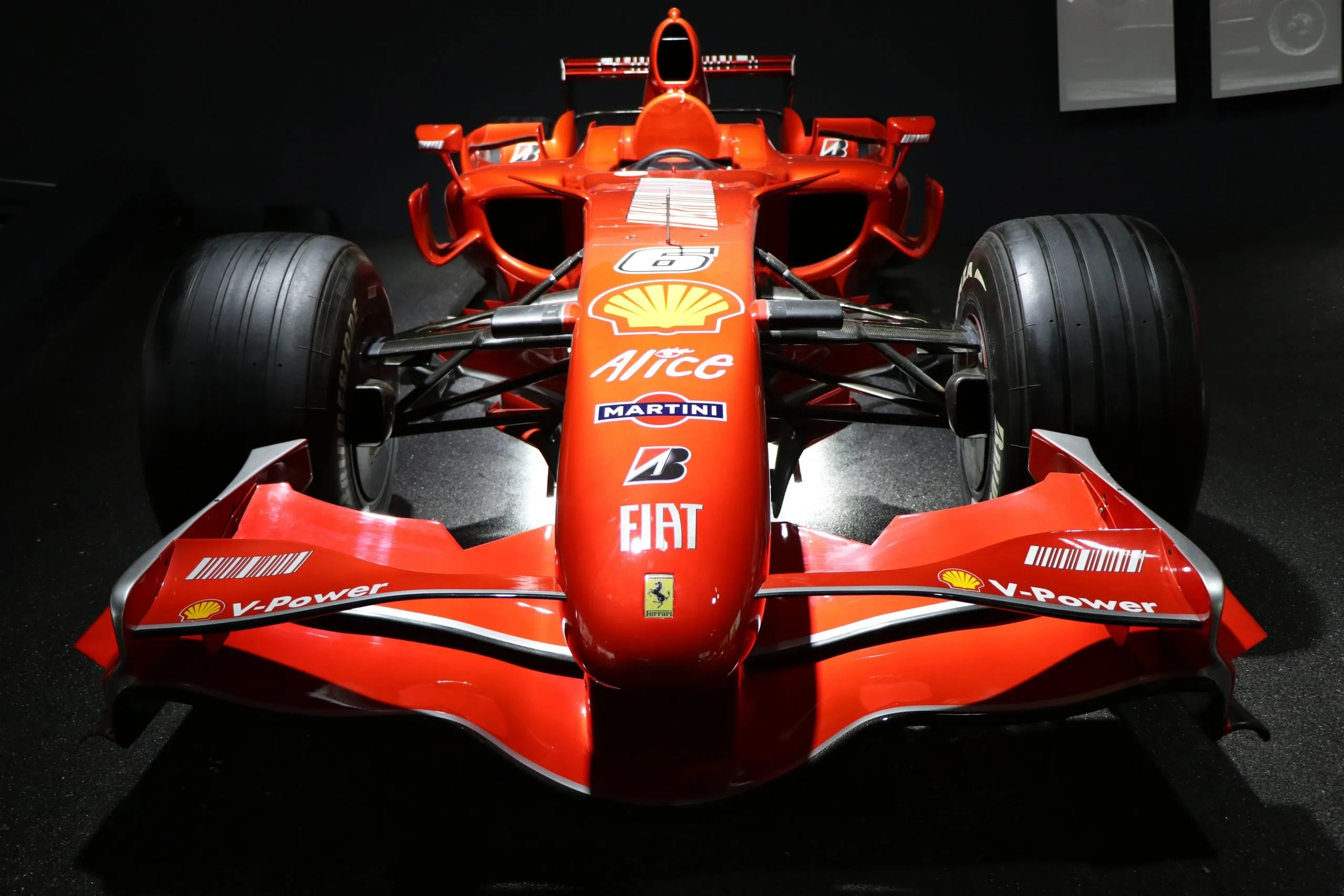 red f1 vehicle