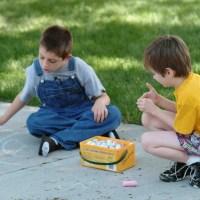 """""""Hormonul dragostei"""" ii ajuta pe copiii cu autism sa socializeze"""