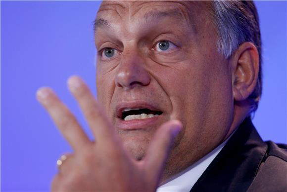 """Orban štiti anti-LGBT zakon i najavljuje referendum """"o pitanjima zaštite djece"""""""