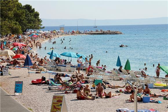 U Istri kao da nema korone: Sezona im je važnija nego partiji i koncerti