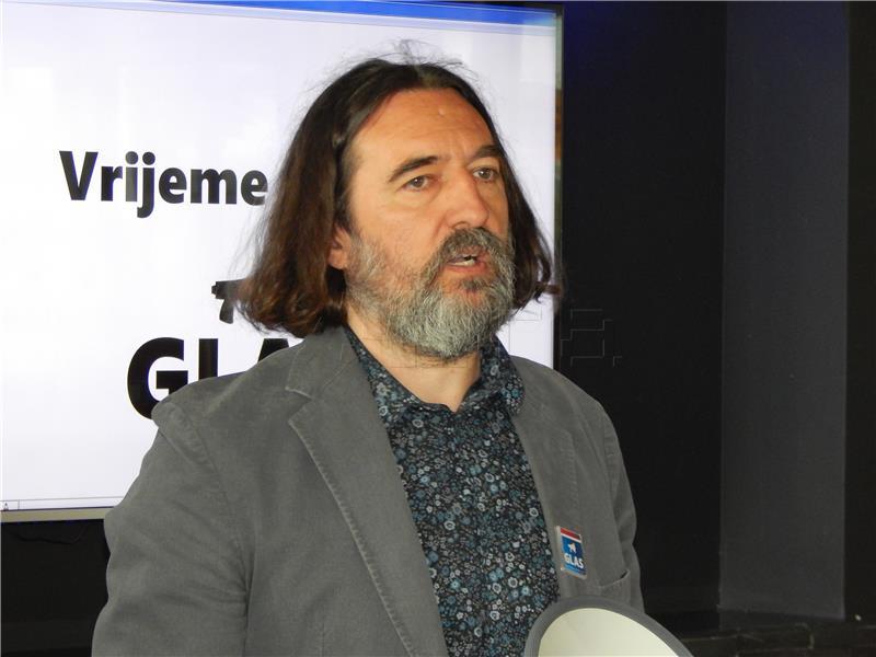 Čehok: Gradonačelnik Bosilj ponaša se podcjenjivački prema vijećnicima