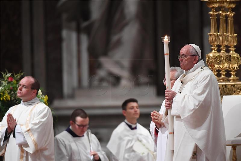 Papa odbio ostavku njemačkog nadbiskupa nakon skandala zbog seksualnog zlostavljanja