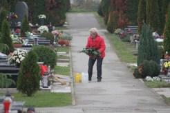Koprivničko groblje uoči blagdana Svih svetih (19)