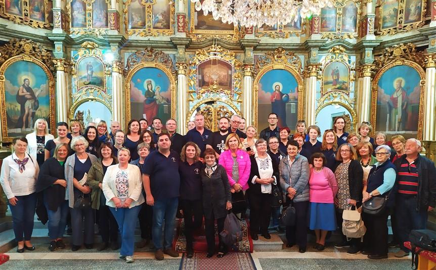 Križevački pjevači hodočastili u Vojvodinu, a posjetili i Zvonka Bogdana