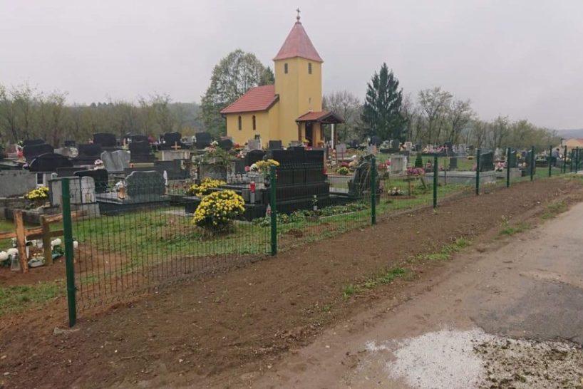 Ususret blagdanu Svih svetih // Mjesno groblje u Suhoj Kataleni dobilo novu ogradu