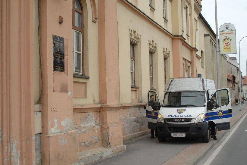 Evakuirana zgrada suda u Bjelovaru; Sumnja se na podmetnutu bombu!