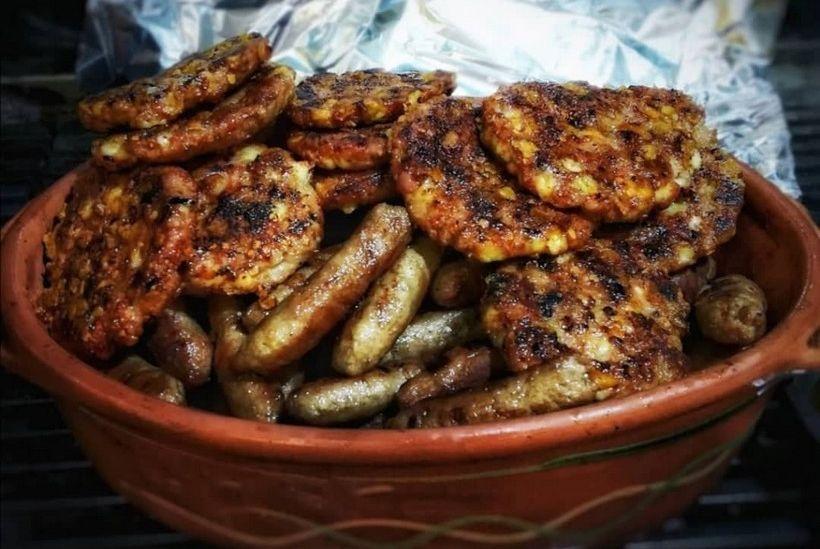 Ovaj restoran časti cijepljene mesom s roštilja