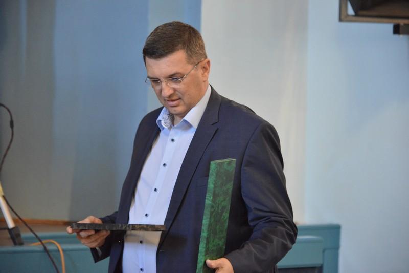 """🎦 Predsjednik križevačkog HDZ-a i ravnatelj koprivničke bolnice zasvirao """"Tek je 12 sati"""""""