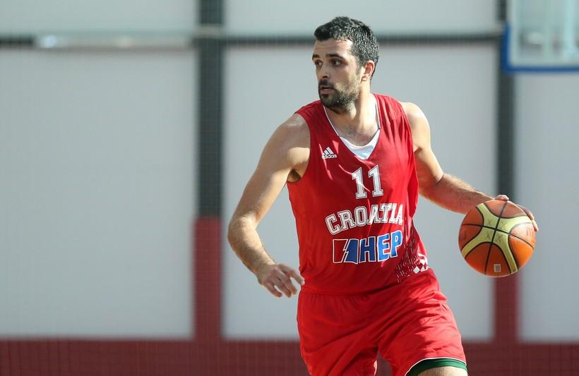 Euroliga: Simon tricom odveo Anadolu Efes na završni turnir